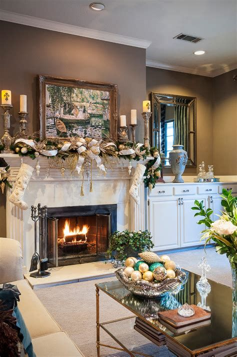 Best Christmas Living Room Decoration Ideas For Your Home 13
