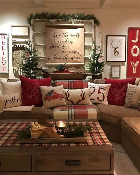 Best Christmas Living Room Decoration Ideas For Your Home 20
