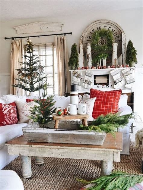 Best Christmas Living Room Decoration Ideas For Your Home 23