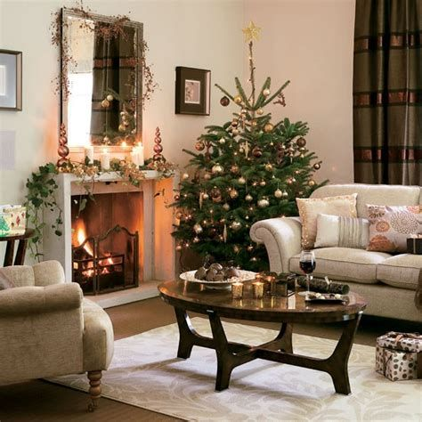 Best Christmas Living Room Decoration Ideas For Your Home 26