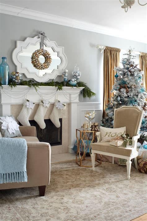 Best Christmas Living Room Decoration Ideas For Your Home 30