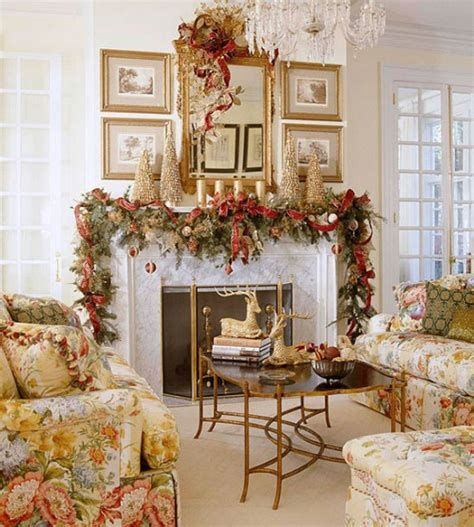 Best Christmas Living Room Decoration Ideas For Your Home 31
