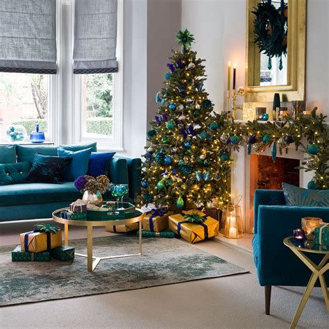 Best Christmas Living Room Decoration Ideas For Your Home 44