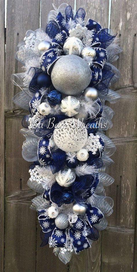 Blue And Silver Christmas Tree Decor Ideas 02