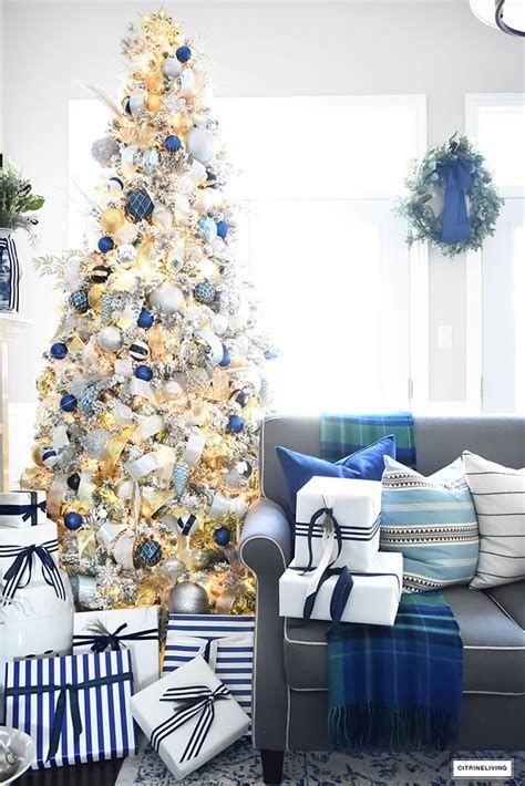 Blue And Silver Christmas Tree Decor Ideas 12