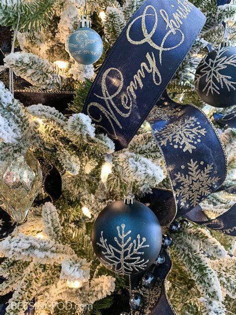 Blue And Silver Christmas Tree Decor Ideas 29
