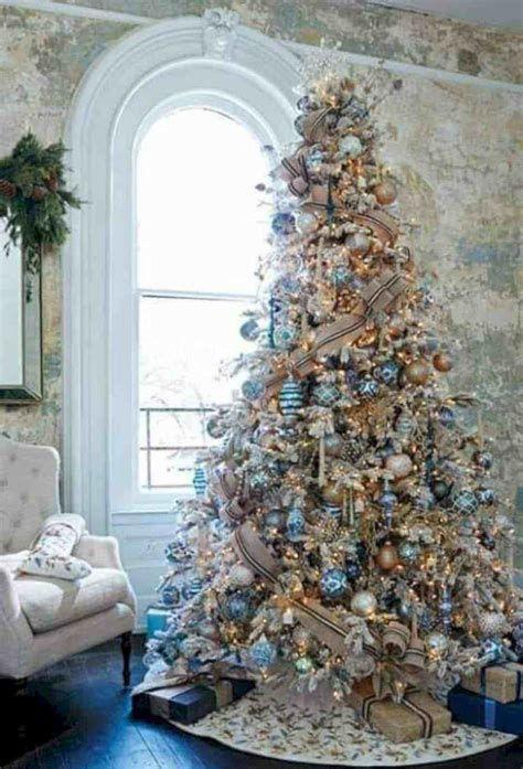 Blue And Silver Christmas Tree Decor Ideas 34
