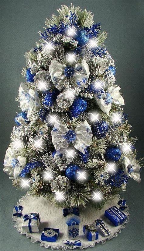Blue And Silver Christmas Tree Decor Ideas 37