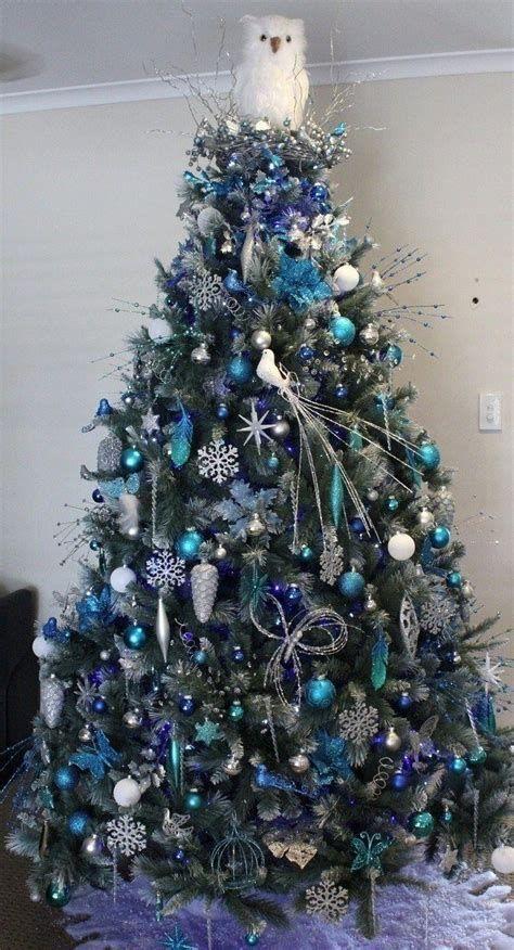 Blue And Silver Christmas Tree Decor Ideas 42