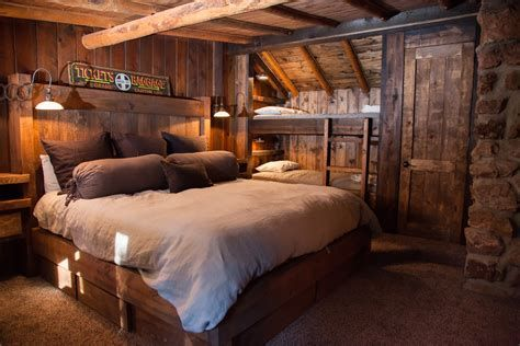 Cozy Rustic Bedroom Interior Designs For This Winter 24
