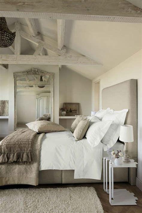 Cozy Rustic Bedroom Interior Designs For This Winter 26