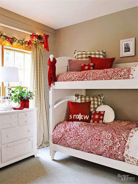 Impressive Christmas Bedding Ideas You Need To Copy 07