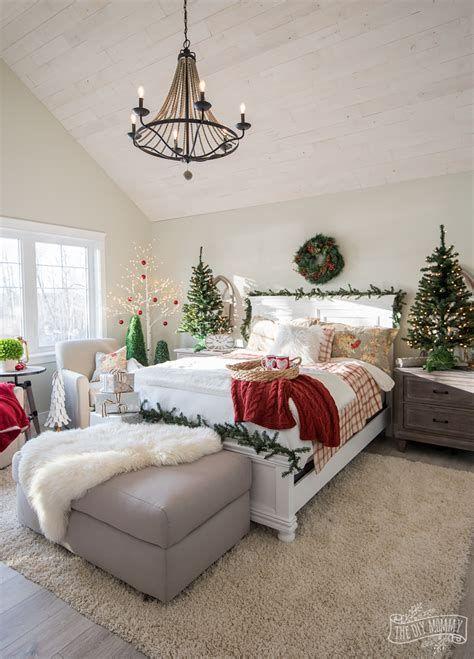 Impressive Christmas Bedding Ideas You Need To Copy 11