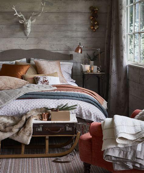 Impressive Christmas Bedding Ideas You Need To Copy 22
