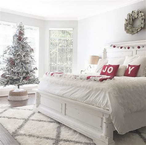 Impressive Christmas Bedding Ideas You Need To Copy 28