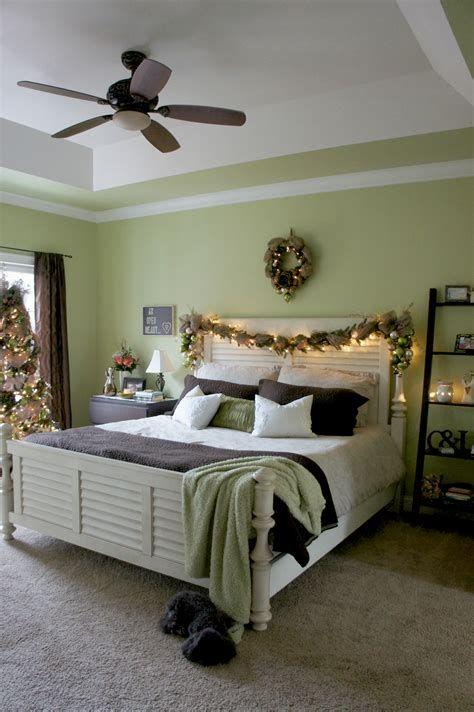 Impressive Christmas Bedding Ideas You Need To Copy 43
