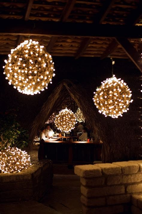 Marvelous Christmas Lighting Decoration Ideas For Your Bedroom 13