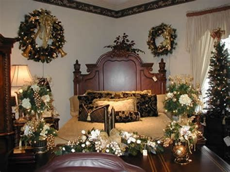 Marvelous Christmas Lighting Decoration Ideas For Your Bedroom 21