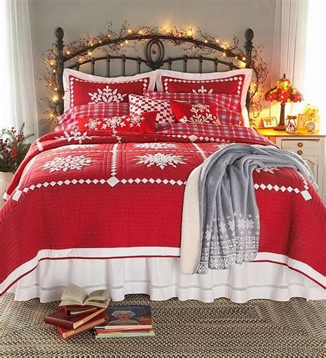 Marvelous Christmas Lighting Decoration Ideas For Your Bedroom 28