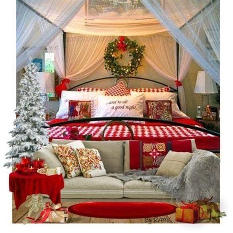 Marvelous Christmas Lighting Decoration Ideas For Your Bedroom 30