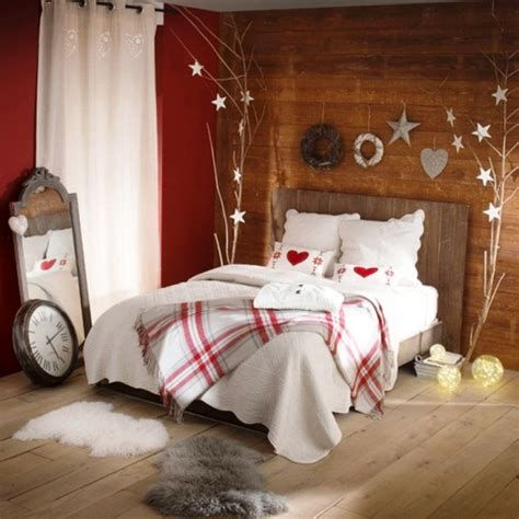 Marvelous Christmas Lighting Decoration Ideas For Your Bedroom 44