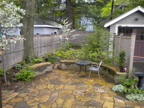 Marvelous Winter Garden Design For Small Backyard Landscaping Ideas 03