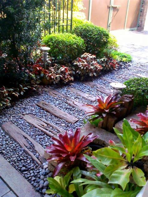 Marvelous Winter Garden Design For Small Backyard Landscaping Ideas 08