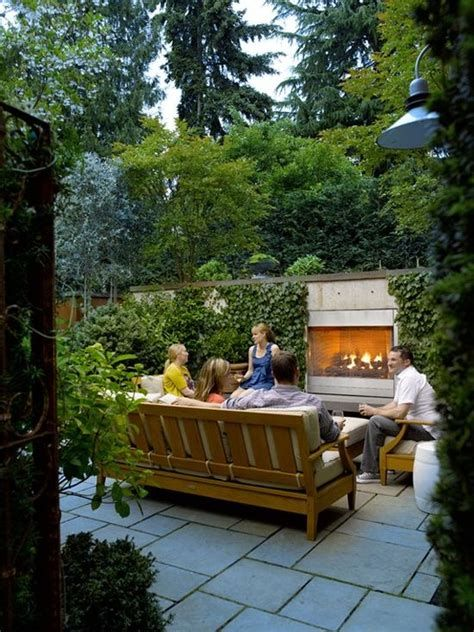 Marvelous Winter Garden Design For Small Backyard Landscaping Ideas 11
