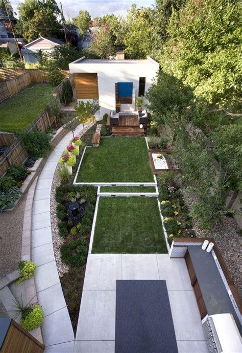 Marvelous Winter Garden Design For Small Backyard Landscaping Ideas 14