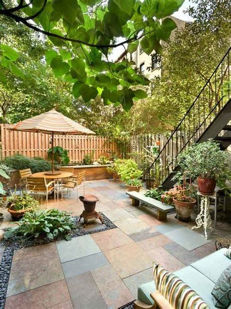 Marvelous Winter Garden Design For Small Backyard Landscaping Ideas 15