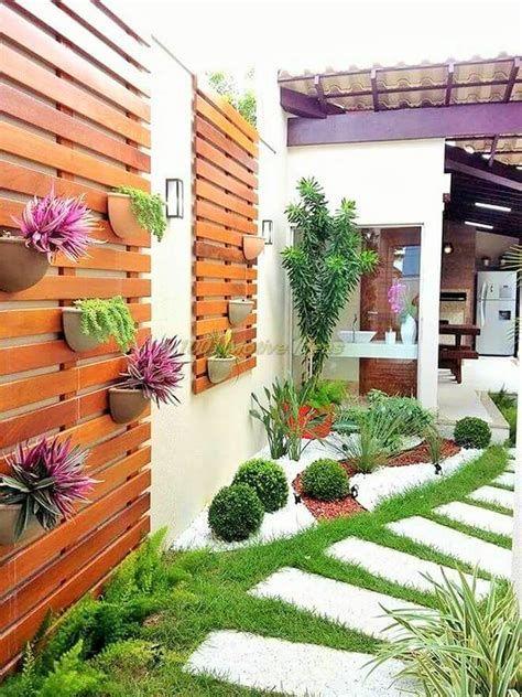 Marvelous Winter Garden Design For Small Backyard Landscaping Ideas 17