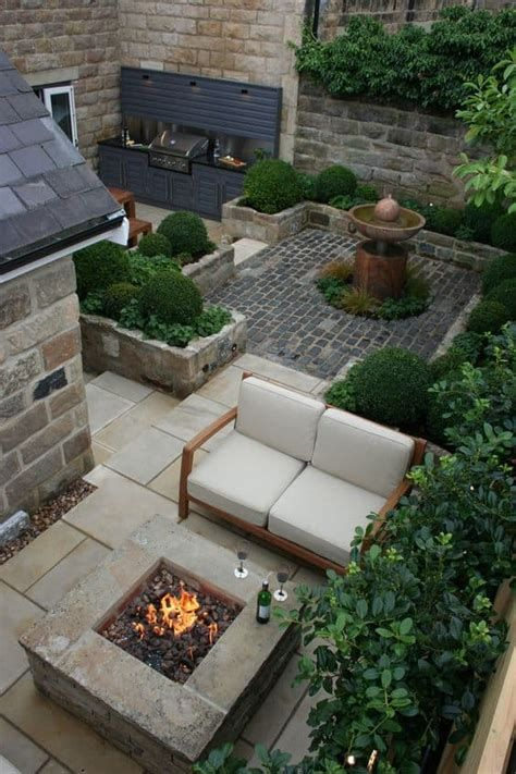 Marvelous Winter Garden Design For Small Backyard Landscaping Ideas 18