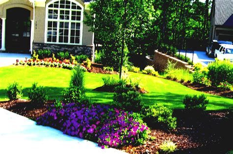 Marvelous Winter Garden Design For Small Backyard Landscaping Ideas 20