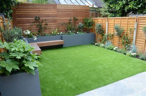Marvelous Winter Garden Design For Small Backyard Landscaping Ideas 21