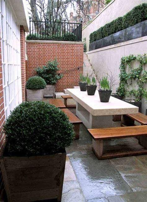 Marvelous Winter Garden Design For Small Backyard Landscaping Ideas 32