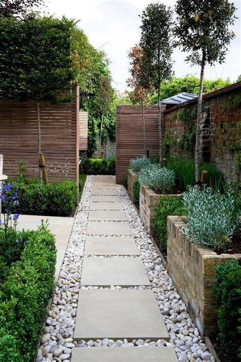 Marvelous Winter Garden Design For Small Backyard Landscaping Ideas 36