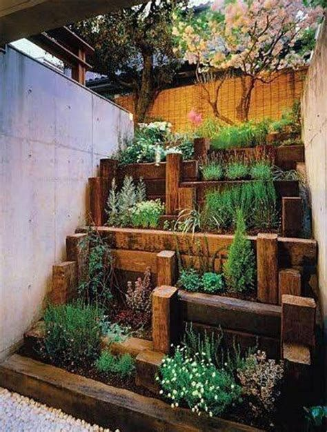 Marvelous Winter Garden Design For Small Backyard Landscaping Ideas 38