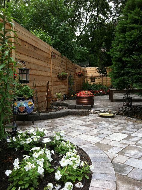Marvelous Winter Garden Design For Small Backyard Landscaping Ideas 41