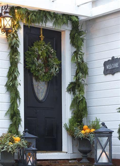 Most Popular Door Christmas Decor Ideas For Inspirations 04