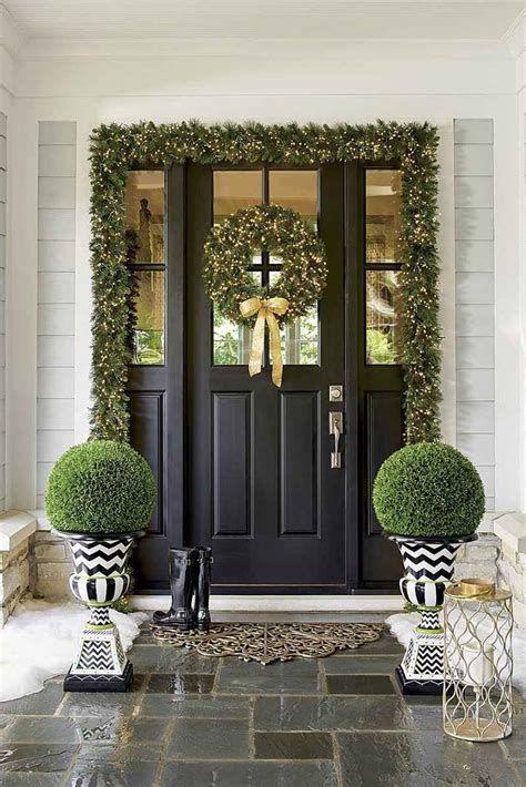 Most Popular Door Christmas Decor Ideas For Inspirations 06