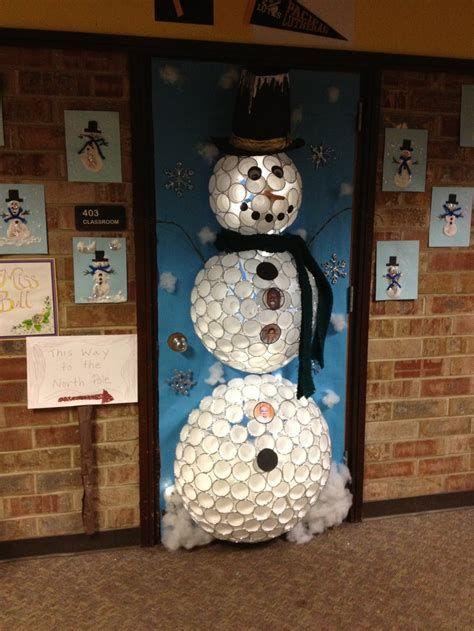 Most Popular Door Christmas Decor Ideas For Inspirations 09