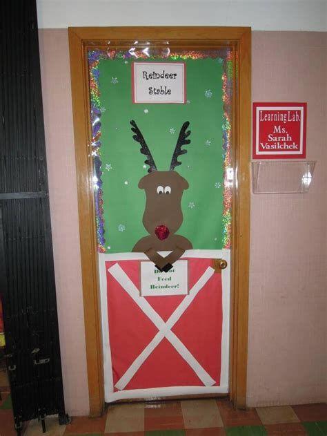 Most Popular Door Christmas Decor Ideas For Inspirations 10
