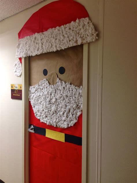 Most Popular Door Christmas Decor Ideas For Inspirations 14