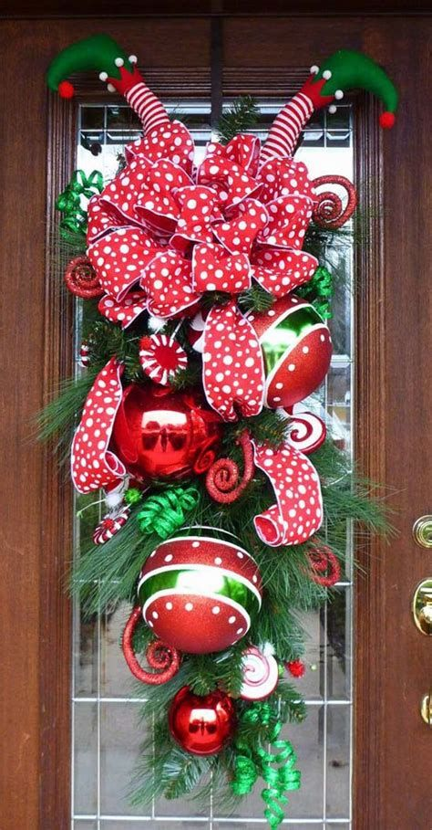 Most Popular Door Christmas Decor Ideas For Inspirations 15