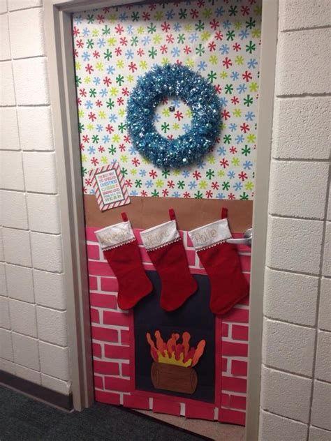 Most Popular Door Christmas Decor Ideas For Inspirations 16
