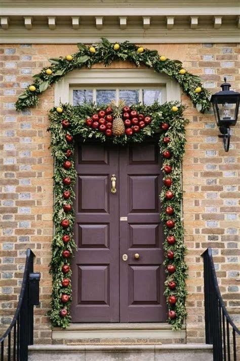 Most Popular Door Christmas Decor Ideas For Inspirations 18