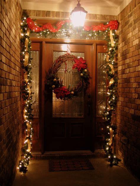 Most Popular Door Christmas Decor Ideas For Inspirations 23