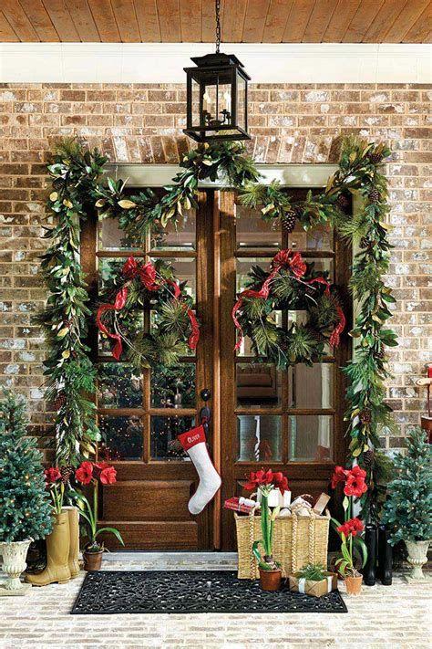 Most Popular Door Christmas Decor Ideas For Inspirations 27
