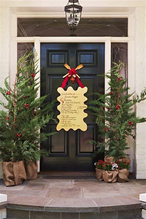 Most Popular Door Christmas Decor Ideas For Inspirations 37