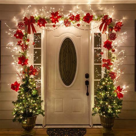 Most Popular Door Christmas Decor Ideas For Inspirations 40